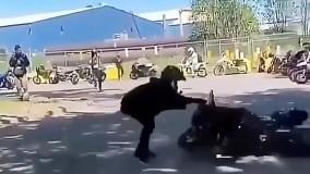 دریفت موتورسیکلت بدون راننده