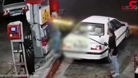 چاقو شکم مرد پمپ بنزینی را شکافت