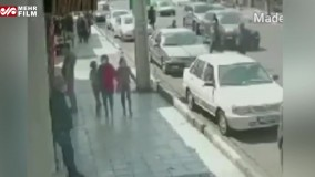 فیلم لحظه سرقت گردنبند طلا در گوهردشت کرج