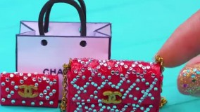 ساخت وسایل زیبا برای عروسک باربی از کفش تا کیف