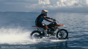 موتور سواری روی آب