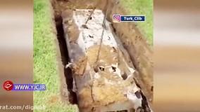 صداهایی عجیب که ماموران قبرستان را مجبور به باز کردن تابوت کرد