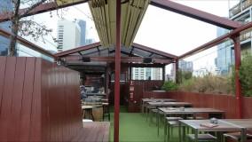 حقانی 09380039391-زیباترین سقف برقی کافی شاپ-فروش سقف متحرک حیاط رستوران