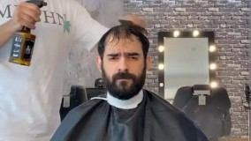 کلیپ طنز هومن ایرانمنش  ؛ آرایشگر ها 1