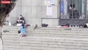 لحظه شلیک تک تیرانداز پلیس چین به گروگان گیر