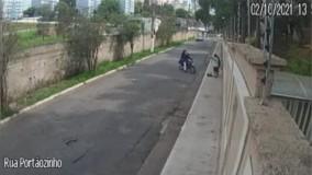 جواب دندان شکن به دو زورگیر روی پل ؛ فرشته از راه رسید