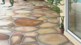 کف سازی با سنگ ورقه ای با رنگهای متفاوت