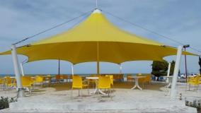 سایبان دوخیمه ای تراس رستوران-فروش سقف کششی فست فود-زیباترین سایبان چادری حیاط رستوران