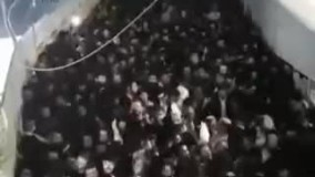 ازدحام جمعیت برای فرار از محل حادثه فرو ریختن پل در قدس اشغالی