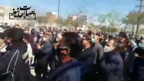 شعار امروز بازنشستگان : ما دیگه رای نمیدیم