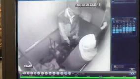 انتشار فیلم دوربین اسانسور از انتقال جسد بابک خرمدین