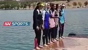 آبتنی دختران قایقران در دریاچه آزادی