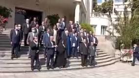 شوخی ظریف با ماسک اعضای هیئت دولت