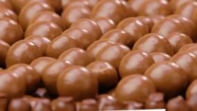 آموزش تزیین کیک شکلاتی : جدیدترین تزیین کیک شکلاتی