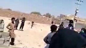 برخورد نیروی انتظامی با زن حاشیه نشین زاهدانی